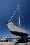 Le yacht dans Rovinj image stock