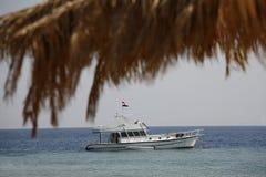 Le yacht par la Mer Rouge image stock