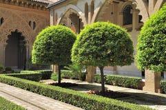 Le yard de palais d'Aljaferia Images stock