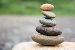 Le zen aiment des pierres Photos stock