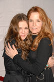 Lea Thompson, Zoey Deutch Photo libre de droits