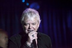 Lead singer Russell Hitchcock of Air Supply performs at B.B. Kin. NEW YORK, NEW YORK, USA - OCTOBER 13: Russell Hitchcock of Air Supply performs at B.B. Kings Stock Image