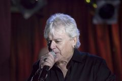 Lead singer Russell Hitchcock of Air Supply performs at B.B. Kin. NEW YORK, NEW YORK, USA - OCTOBER 13: Russell Hitchcock of Air Supply performs at B.B. Kings Stock Photos