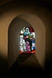 Leaded venster op een gebied Stock Foto's