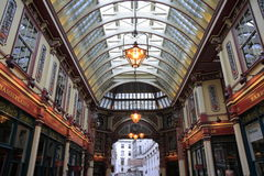 Leadenhall markt behandelde het winkelen arcade Stock Afbeeldingen