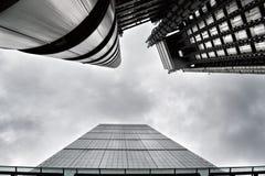 Leadenhall och Lloyds byggnader i den London staden Royaltyfri Foto