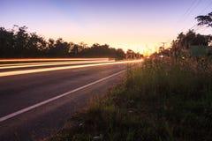 leads night road town traffic you Στοκ Φωτογραφία