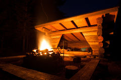 Lean-to campsite in forest Royalty Free Stock Images