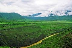 Leaping tiger gorge, yunnan, china Stock Photos