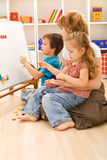 Learning the numbers with mom Royalty Free Stock Photos