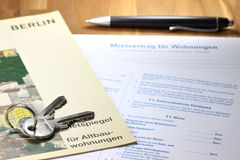 Lease contract. German lease contract with rent index on desktop Stock Photo