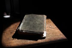 Leather covered bible Royalty Free Stock Photos