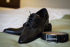 Leather shoes and belt Royalty Free Stock Photos