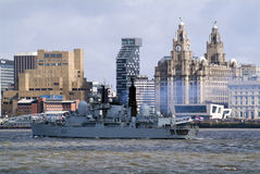 Leaving of liverpool. Type 42 destroyer HMS Liverpool (D92) leaves Liverpool for the last time. She was built 30 years previously on the River Mersey at Cammell Stock Photos