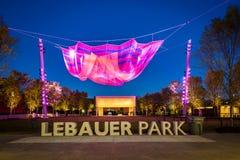 Lebauerpark bij nacht, in Greensboro van de binnenstad, Noord-Carolina royalty-vrije stock afbeeldingen