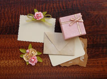 Lebel приветствию w подарочной коробки Стоковые Изображения