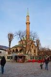 Leben auf der Straße des alten Bezirkes von Sarajevo, Bosnien Lizenzfreie Stockfotografie