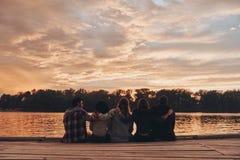 Leben gefüllt mit Freundschaft lizenzfreie stockfotos