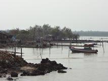 Lebensart Dorfbewohnerseeküste in Thailand Stockbilder