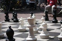 Lebensgroßes Schach Lizenzfreies Stockbild