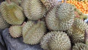 Lebensmittel an einem Markt in Khao Lak stockbilder