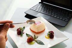 Lebensmittelfotolieferungsgeschäfts-Blogkonzept Lizenzfreie Stockfotografie
