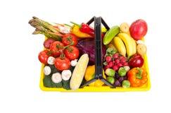 Lebensmittelgeschäft-Korb Stockfoto