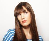 Lebensstil und Leutekonzept: Deprimierte, traurige Frau Lizenzfreie Stockbilder