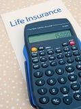 Lebensversicherung; Berechnung der jährlichen Prämie. Lizenzfreie Stockfotografie