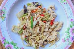 Leber gebratener Bonbon peppersChicken gebraten mit Ingwer, thailändischer Teller des Huhns Lizenzfreies Stockfoto