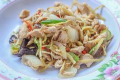 Leber gebratener Bonbon peppersChicken gebraten mit Ingwer, thailändischer Teller des Huhns Stockbild