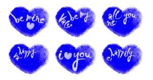 Lebhafte Snowy-Herzen eingestellt mit den Valentinsgrüßen, die auf Chromakey beschriften stock video