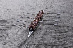 LEBHC在查尔斯赛船会妇女的青年时期Eights头赛跑  库存图片