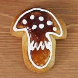 Lebkuchen in Form des Pilzes Lizenzfreie Stockfotos