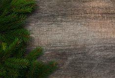 Lebkuchen-Mann über Holz stockfotografie