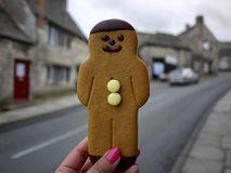 Lebkuchen-Mann von einem Dorf-Shop Stockbild