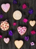 Lebkuchen mit Blumen Lizenzfreie Stockbilder