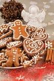 Lebkuchen-Weihnachtsplätzchen stockbild