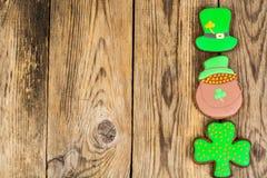 Lebkuchenplätzchen mit Bild für St- Patrick` s Tag Lizenzfreies Stockfoto