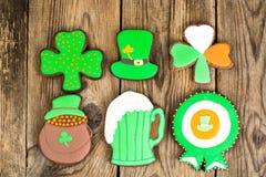 Lebkuchenplätzchen mit Bild für St- Patrick` s Tag Stockfoto
