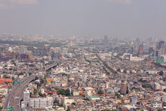 从Leboa旅馆的曼谷街市视图 免版税库存照片