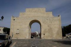 Lecce, Apulia, de triomfantelijke boog in Porta Napoli Royalty-vrije Stock Foto's