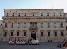 Lecce - touristischer Zug lizenzfreies stockbild