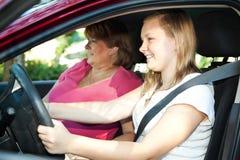Lección de conducción adolescente Imagen de archivo