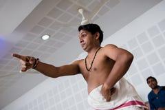 Lección de danza india clásica de Kathakali en collage del arte en la India imagenes de archivo