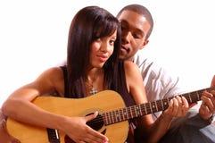 Lección romántica de la guitarra Imágenes de archivo libres de regalías