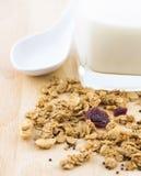 Leche y cereal Imagen de archivo