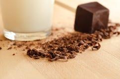 Leche y chocolate Fotos de archivo libres de regalías