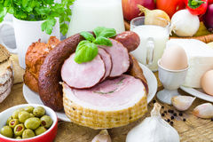 Lechería de la carne de los productos del ultramarinos de la variedad de la composición foto de archivo