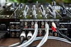 Lecteur et mélangeur de CD du DJ Photos stock